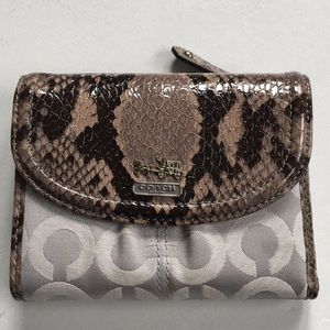 EUC Coach Leather Snakeskin Wallet